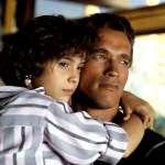 Arnold Schwarzenegger, Alyssa Milano